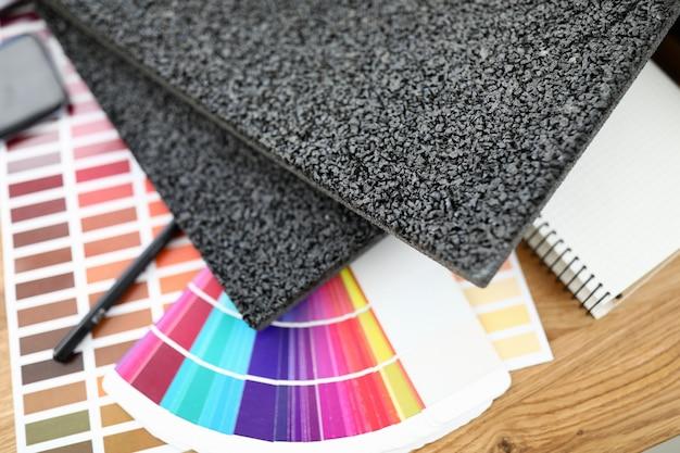 Amostras de carpete paleta de cores brilhantes