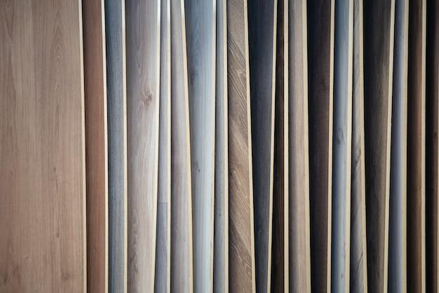 Amostras de piso de madeira na loja