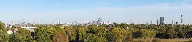 Ampla vista panorâmica de londres da colina primrose