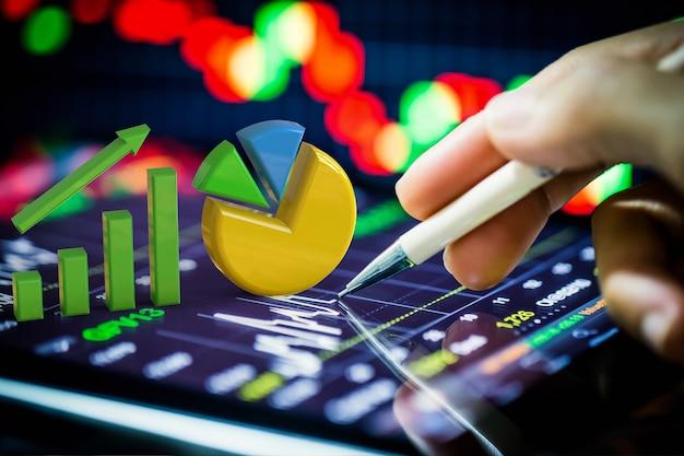 Análise de ações com gráfico de crescimento e gráfico de pizza em tablet digital