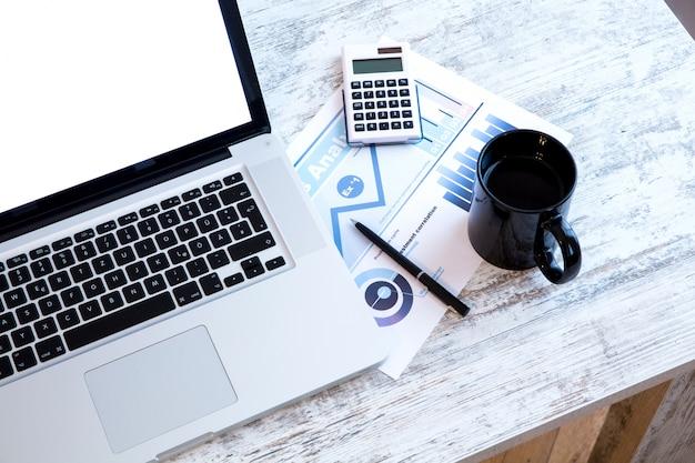 Análise de negócios no escritório
