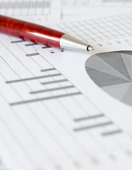 Análise de negócios, tabelas e gráficos.