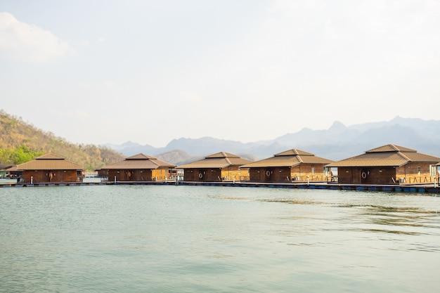 Ananta river hills resort é um lugar famoso para a família em férias
