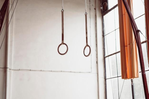 Anéis de ginástica não usados