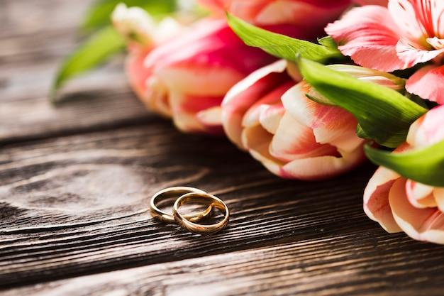 Anéis de noivado em close-up