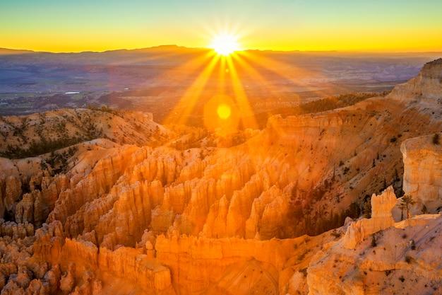 Anfiteatro de inspiration point, parque nacional bryce canyon, utah, eua