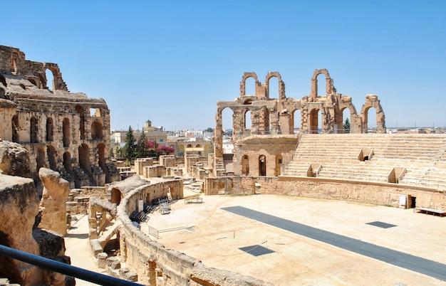 Anfiteatro el jem na tunísia.