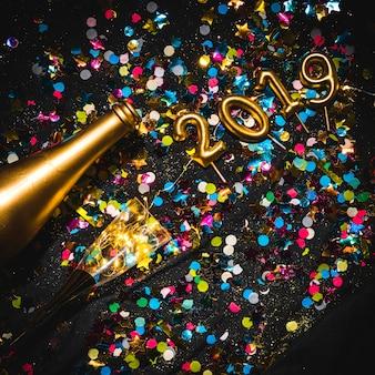 Ano novo 2019 decoração colorida