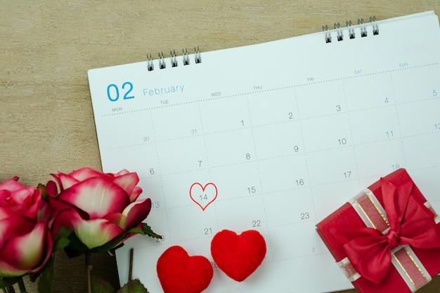 Antena da opinião de tampo da mesa do conceito do fundo do feriado do dia de valentim da decoração.