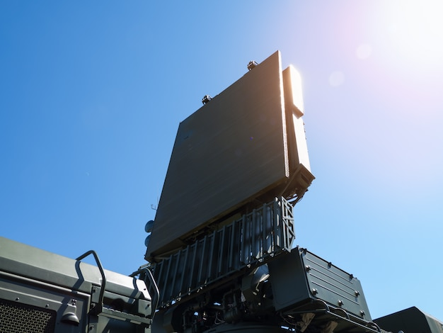 Antena dos sistemas de defesa aérea