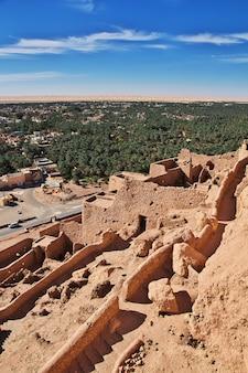 Antiga fortaleza no deserto do saara