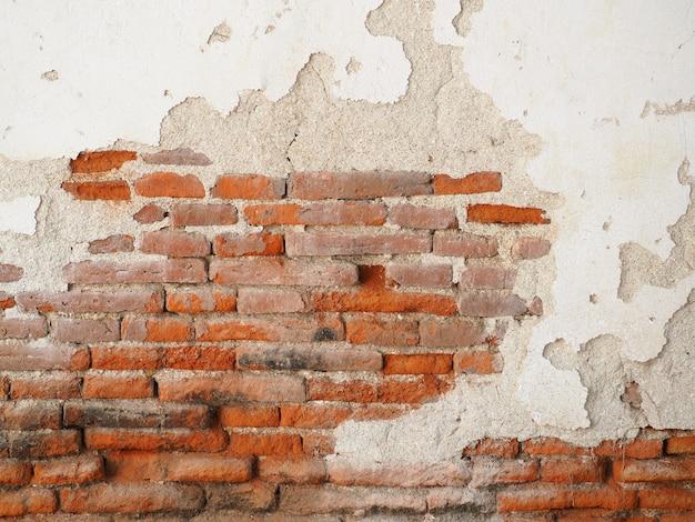 Antiga muralha feita de parede de tijolos