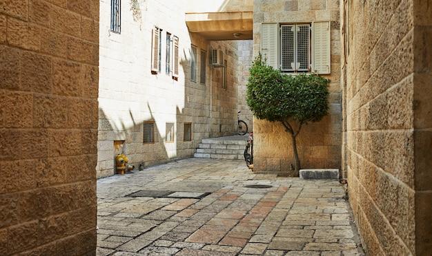 Antigo beco no bairro judeu, jerusalém