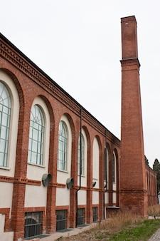 Antigo complexo industrial, edifício têxtil de uma fábrica italiana