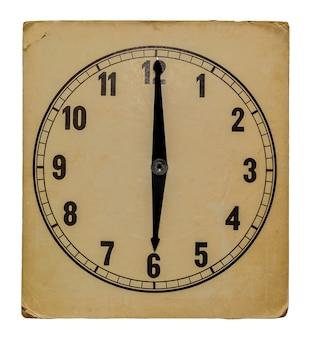 Antigo relógio de parede vintage isolado no fundo branco