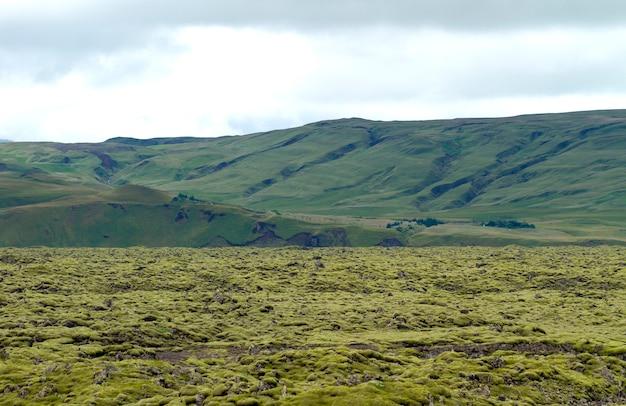 Antigo rio de lava solidificada