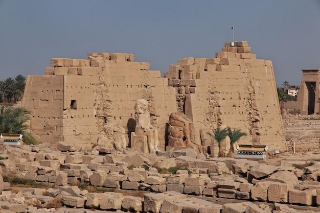 Antigo templo de karnak em luxor