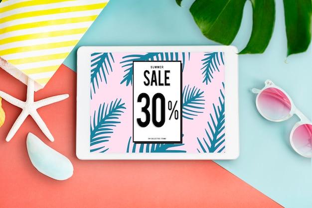Anúncio com desconto de 30% em promoção em um tablet com acessórios de verão