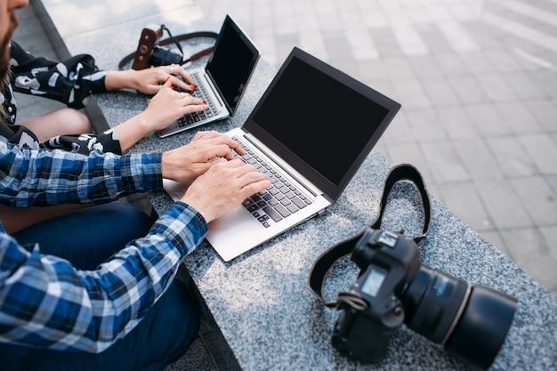 Anúncio de comércio eletrônico, pesquisa de blog de fotografia