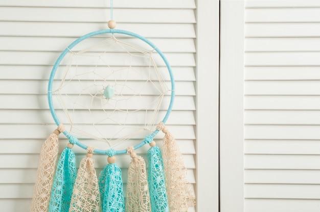 Apanhador de sonhos bege azul com guardanapos de malha