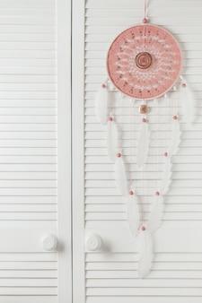 Apanhador de sonhos de cinza-de-rosa