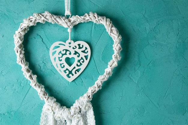 Apanhador de sonhos de laço de coração branco