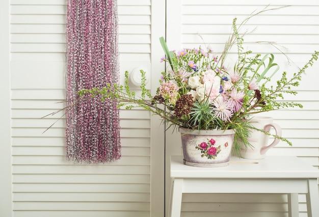 Apanhador de sonhos rosa com flores