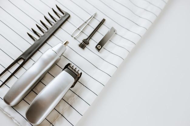 Aparador de barba, aparador de nariz e acessórios de cabeleireiro