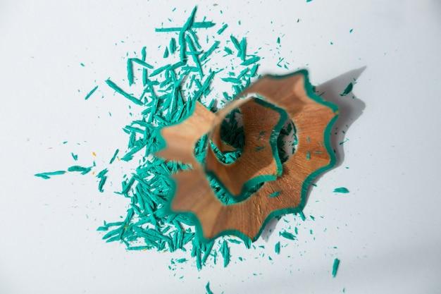 Aparas de lápis de cor verde