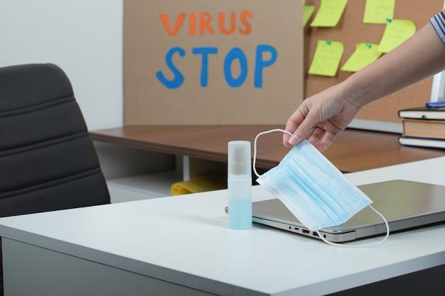 Aparelhos básicos de higiene evitando epidemia cobiçosa