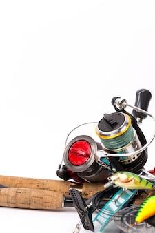 Aparelhos de pesca varas, molinetes, linha, iscas