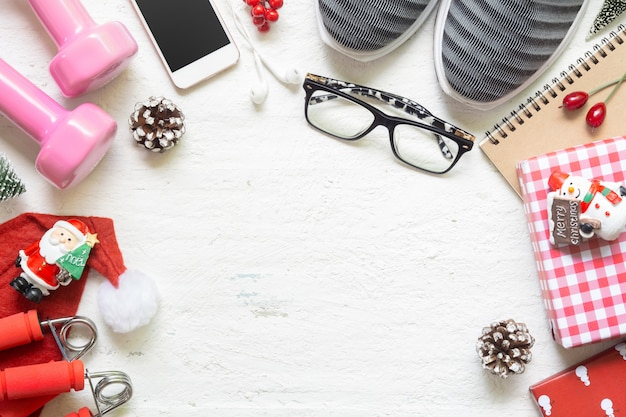 Apartamento leigos de feliz natal e feliz ano novo para conceitos de estilo de vida saudável e ativo.