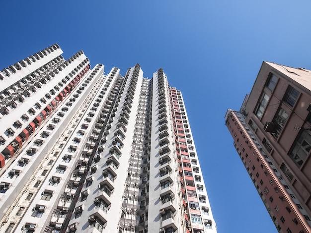 Apartamentos em arranha-céus em hong kong