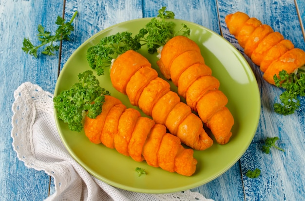 Aperitivo de massa folhada cenouras