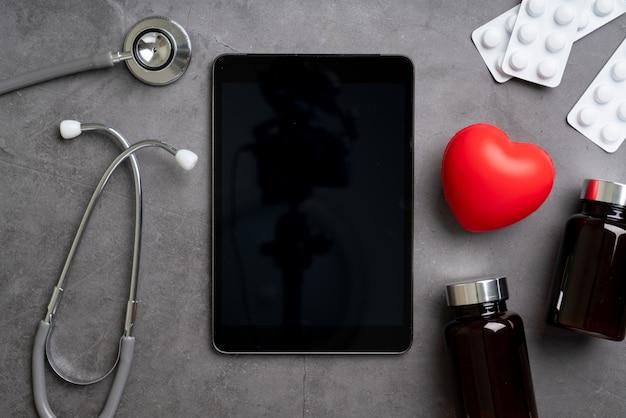 Aplicativo de atendimento médico on-line no telefone inteligente