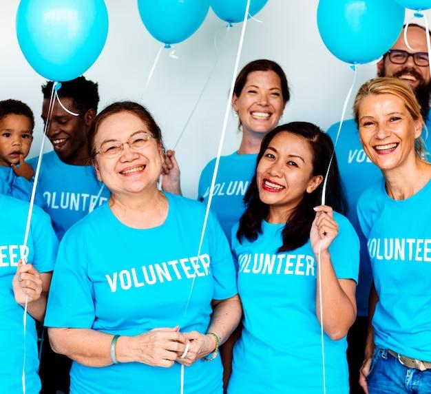 Apoio voluntário do serviço comunitário da doação