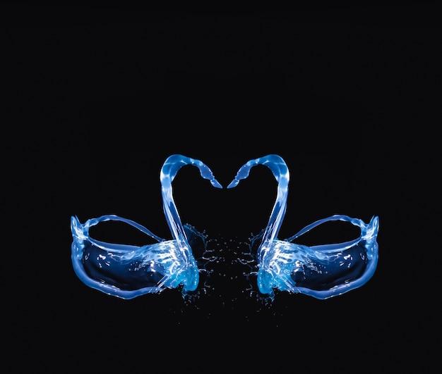 Aquarela transparente formando pássaro sobre fundo preto