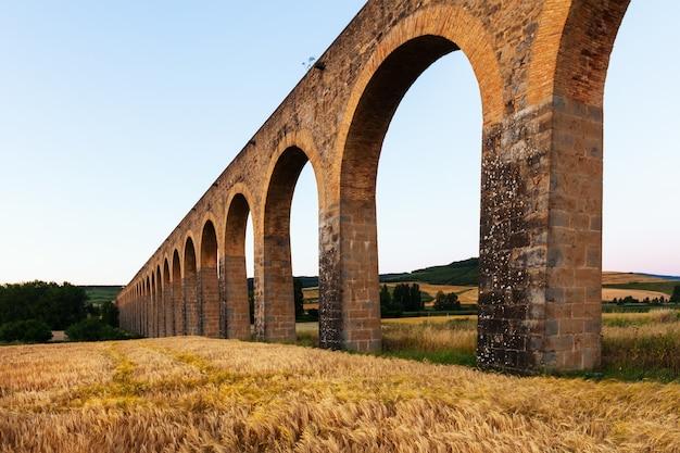 Aqueduto romano em navarra