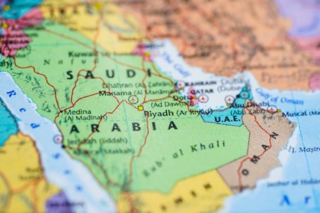 Arábia saudita, ásia no mapa do mundo globo.