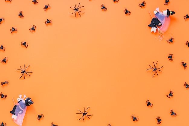 Aranhas e brinquedos de bruxa
