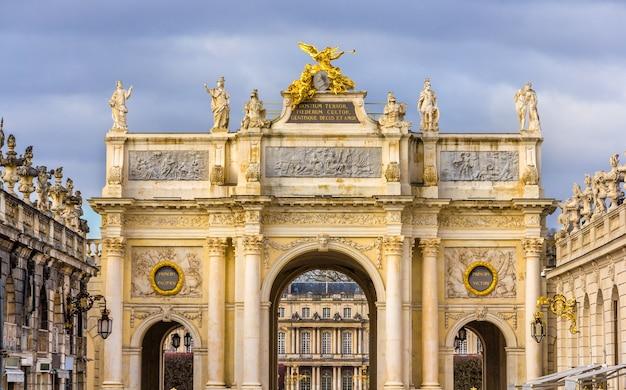 Arco aqui na place stanislas em nancy frança, lorena