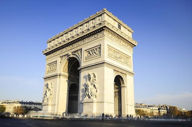 Arco do triunfo. dia. paric, frança