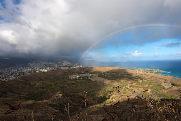 Arco-íris sobre o havaí