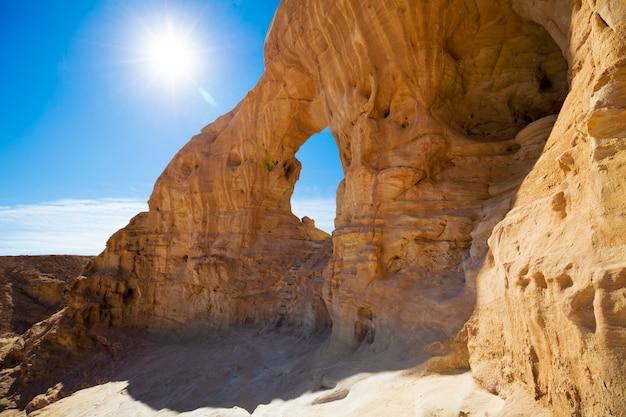Arco na rocha. timna park. israel