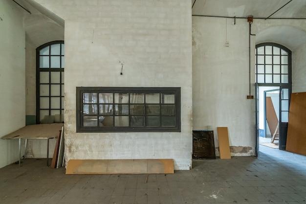 Área de trabalho em uma antiga fábrica