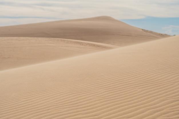 Areia amarela no deserto, mui ne, vietnã