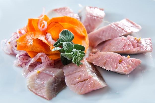 Arenques-de-rosa, do arenque de biltian