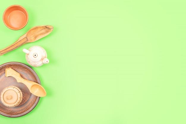 Argila eco-friendly, talheres descartáveis de madeira