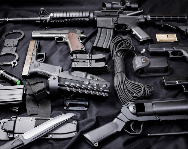 Arma moderna, fundo preto