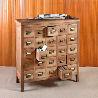 Armário de arquivo de madeira para armazenamento